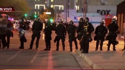 Condado Sacramento Declara Toque De Queda Tras Las Violentas Protestas Telemundo Sacramento