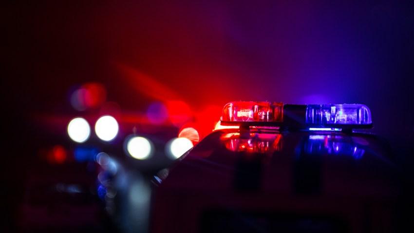 Foto genérica de luces de una patrulla de la policía.